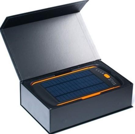 Павербанк с солнечной батареей